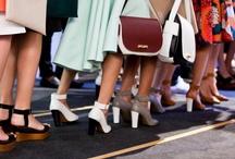 Pasión por el calzado / Fotos, imágenes, momentos únicos, detalles, todo entorno a un complemento de moda, los zapatos