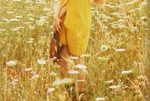 Flower field model shot inspiration
