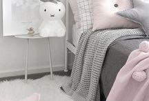 Pienten tyttöjen huoneet