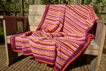 CROCHET/KNIT BLANKET