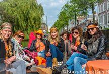 Rondvaart Den Haag / Rondvaart Den Haag is een geweldige manier om onze stad te ontdekken. Rondvaarten op maat voor groepsvaarten, vrijgezellenfeesten, bedrijfsuitjes, de familiedag, of gewoon lekker borrelen met vrienden.