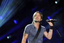 Keith Urban'R ... Lover! Fan4life'R / It's all about ... KU! Keith Urban   If u love him&  his music like I do... You'll love this board! Anything Keith Urban Rules!!☺️❤️❤️