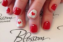 red nails with design white and red hearts