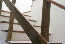 Escadas de madeira de demolição