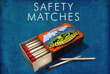 Safety Matches / Boîtes d'allumettes.