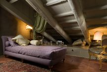 Palazzo Alverà Altana by Views On Venice Collection / Picture a palace….a bohemian beauty, lavish in luxury and whispering privilege. Pass through its doors and embark on a journey through richness and opulence, comfort and style.