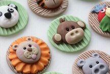 Cupcake fondant toppers