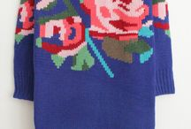 Rochii si pulovere tricotate cu flori