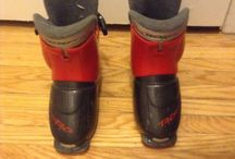 pair of alpine ski boots 185 501S T40 / (15$ Toronto)i have a pair of alpine skis boots Tecno Pro in good condition,the size is 185 501 S,i am in etobicoke area,ask us for what else we have for sale...we have a lot,(look in your spam folder for my reply,sometimes it goes in there)thank you 'No Pay Pal'