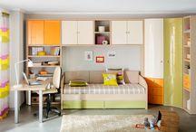 Подростковая мебель / Детская и подростковая мебель Astron «растёт» вместе с ребёнком. Её сдержанный минимализм одинаково подходит школьнику и студенту. Меняется оформление комнаты ребёнка — мебель остаётся.