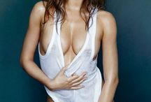 Hot Female Celebrities / Hot Female Celebrities