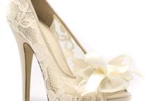 Shoes / by Nicole Kirylczuk