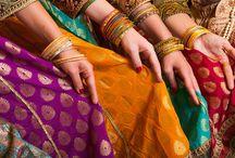 #BOLLYWOOD #DANCE  / Il ritmo e i passi della #Bollywood dance sono spettacolo puro! Gli abiti e gli accessori tintinnanti e meravigliosi. La magia di un film di Bollywood danzando con gli occhi, con le mani, con i capelli e con lo sguardo... A Spazio Aries in via Vallazze 105 a Milano in zona #lambrate ogni giovedi alle 21.30 con Myam! Telefona allo 02 87063326 o scrivici info@spazioaries.it http://www.spazioaries.it/Upload/DynaPages/MYAM.php