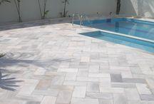 Pedras piscinas