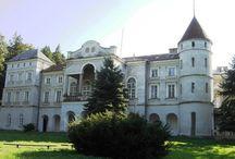 Wzdów - Pałac / Pałac został wybudowany po roku 1794, kiedy to właścicielem wsi Wzdów oraz Turzego Pola został Adam Ostaszewski - jeden z przywódców konferencji barskiej na Podkarpaciu. W niedługim okresie po rozpoczęciu II wojny światowej w roku 1939 pałac przejęli Niemcy w którym urzadzili kasyno dla oficerów Wermachtu i Luftwaffe, następnie budynek do końca stycznia 1945 zajmował sztab jednostki Armii Czerwonej.  Obecnie siedziba Małopolskiego Uniwersytetu Ludowego.