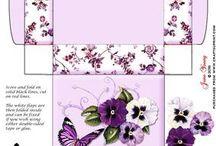Gift boxes & envelopes