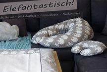 Elefanten Designs für Mamas, Babys & Kinder / Produkte im Elefanten Design für Schwangere, Mütter, Eltern, Babys und Kinder: Stillkissen, Wimpelketten, Wickelauflage uvm. für Elefantenfans im schlichten grau!