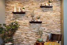 adornos en paredes de piedras