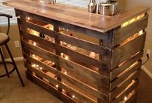 Pallet Projects / Great ideas for making pallet furniture,wooden pallet projects and more. Easy outdoor garden projects,beds made out of pallets,wall shelves,DIY home decor,cool painted pallet ideas and decorations at Thrillbites.com