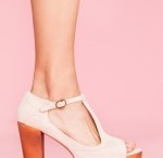 shoez / by Isabel Perrin