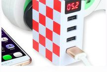 Creative 4 Port USB Port 4.8A Wall Charger with Led Currency Display
