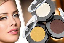 SOMBRA DE OJOS PURE COLOUR / Tanto si eres de las que usa uno, dos o tres tonos de sombras de ojos, ¡no temas! Aplicarlas es más fácil de lo que piensas. Sigue mis consejos y aprenderás a maquillar tus ojos sin problema. http://tubellezaoriflame.blogspot.com.es/