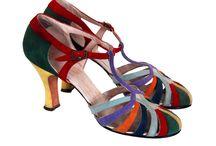 Shoes shoes shoes / boty, botky, botečky, střevíčky, latinky......křusky Tak na který našetřit, aby mi je ušili na míru????