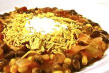 Low Calorie Food Ideas / by Kristi Simpson