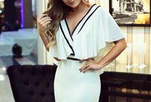 Vestido curto.