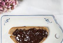 Süßes Leben / Was das Herz begehrt: Eine Auswahl an Desserts und anderen, süßen Köstlichkeiten.