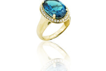 Topaz / This board is all about topaz, mixing together the beautiful topaz jewellery that Peppermint Grove Jewellers has to offer with fashion, nature and style pins which shares the same colours of deep blue, sky blue or vivid pink.