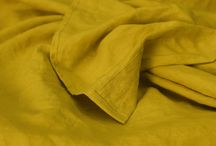 Linen Bedding in Yellow Curry / Spice up your bedroom with this new curry color we are introducing at Linenshed. Play with two tones bedding set, mixing with our earthy brown or any other color you can pick from our 10 current colors.