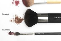 Essential Makeup Brushe Tutorial / Best Brushes For MakeupFace Makeup TipsBest Makeup TipsDiy Makeup BrushBest Face MakeupBest Makeup For ContouringPuppy Eyes MakeupEye Makeup For PromMakeup Hacks Tips. Makeup Brushes 101 Detailed Guide On How To Use Your Set - Best Makeup Guide For Beginners by Makeup Tutorials ...