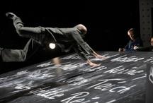 ROMANFIGUREN / Wir spielen mit den Büchern, die Sie lesen! Romanbearbeitungen auf der Bühne des Maxim Gorki Theaters