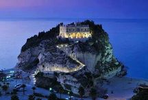 Italy / by Avion Tourism