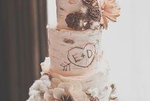 cakes / by Taylor Dizon