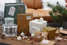 Un Noël créatif ! / Personnalisez vos paquets cadeaux et tables de fêtes avec les produits de la gamme moments créatifs.