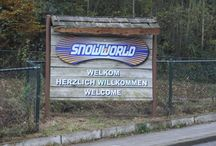 SnowWorld Landgraaf x-challenge / Hier gibt es Bilder von unserem Aufenthalt in der SnowWorld Landgraaf, der größten Indoor-Skihalle der Welt. Dort stellten wir uns vier Challenges: über 500 Stufen mit einem Ski in der Hand steigen, einen speziellen Track mit Snow Skates bewältigen, ein Slalom und ein Wettbewerb im Fun Park.