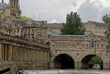 Alastair & Diana / Alastair's story begins in Bath, where he stumbles upon the woman who broke his heart...whom he's tried to hate...whom he couldn't forget...