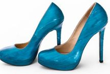 ParVous / Devoted to beautiful shoes and handbags - custom designed by you, handmade for you.  Why wear ordinary shoes?
