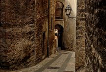 Todi, Italy / Medieval borough
