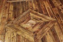 Piso rústico de madeira