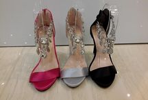 Manolo Blahnik / sepatu Manolo Blahnik import hongkong  ukuran standar asia, jadi sama dengan ukuran yang biasa pakai   Pemesanan harap cantumkan ukuran, warna dan gambar   Peminat serius hub hp/wa/line 087825743622