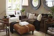 Eric's living room / by Rachelle Dubey