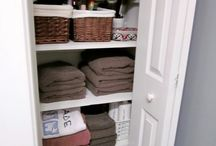 linen closet organization / by Rebecca Wolfe