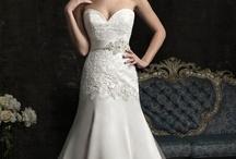 Wedding Dresses / by Molly Daddono