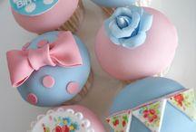 Cupcakes we love! / Everything cupcake