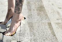 """""""Date ad una ragazza le scarpe giuste, ed essa conquisterà il mondo"""""""