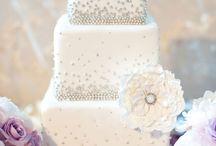 wedding cakes / by Meagan Zelawski