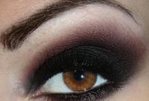 Make up / by Naza Nazza